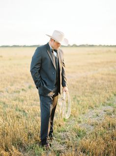 Southern Weddings Deep in the Heart of Texas - Southern Weddings Cowgirl Wedding, Wedding Boots, Our Wedding, Dream Wedding, Wedding Groom, Southern Weddings, Western Weddings, Country Weddings, Cowboy Groom