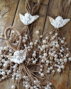 1 million+ Stunning Free Images to Use Anywhere Christmas Crafts To Make, Diy Christmas Ornaments, Christmas Angels, Rustic Christmas, Holiday Crafts, Christmas Holidays, Christmas Wreaths, Christmas Cards, Angel Crafts