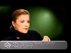 Star Trek Voyager - Kate Mulgrew (Captain Kathryn Janeway), on Seven of Nine, and Jeri Ryan Interview 2003.