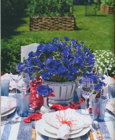 The Peak of Chic®: Michael Devine and An Invitation to the Garden