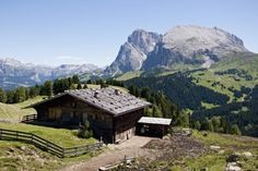 South Tyrol, Italy - Luxury Log Cabins & Chalets (houseandgarden.co.uk)