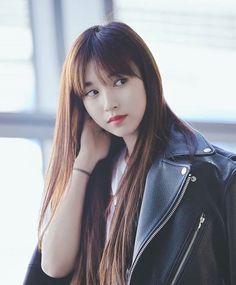 Twice - Mina Kpop Girl Groups, Korean Girl Groups, Kpop Girls, I Fancy You, Japanese American, Myoui Mina, Charli Xcx, Celebs, Celebrities