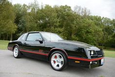 Take a clean 1988 Chevrolet Monte Carlo and swap a carbureted LS engine in place of the 305 small-block. The result is a fast and fun muscle car. Chevrolet Monte Carlo, Pontiac Gto, Chevrolet Camaro, Chevy Ss, Ls Engine, Old School Cars, American Muscle Cars, Buick, Custom Cars