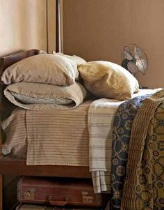 Great mix of linens....