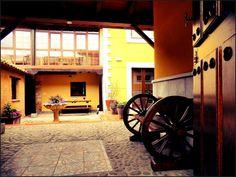 Información y valoración del Hotel Rural Monasterio de Ara Mada, situado en la comarca de Boñar (León) a un paso de la estación de ski de San Isidro y Riaño