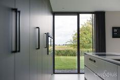 Roscobouw, in harmonie - Eigenhuisbouwen. House Floor Plans, Windows, Flooring, Modern, Home, Catalog, Homes, Home Plants, Trendy Tree