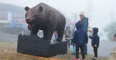 Video: Návštevníkov Hrebienka víta 350-kilogramový oceľový medveď Kubo. Čítajte viac na: http://www.dobrenoviny.sk/c/52066/video-navstevnikov-hrebienka-vita-350-kilogramovy-ocelovy-medved-kubo  #medveď #bear