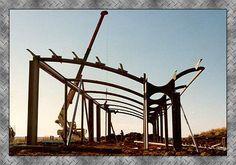 Glenn Murcutt House at Bingie Steel Trusses, Roof Trusses, Green House Design, Tiny House Design, Glen Murcutt, Critical Regionalism, Roof Truss Design, Steel Fabrication, Roof Detail
