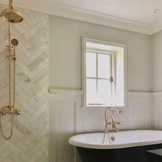 Dream House Interior, Dream Home Design, House Design, Bathroom Interior, Bathroom Inspo, Master Bathroom, Bathroom Ideas, Shower Hose, Aesthetic Room Decor