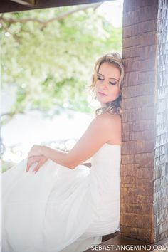 Fotos casamento Búzios. Noiva. vestido de noiva. Fotos casamento Praia da tartaruga, búzios. http://www.sebastiangemino.com/
