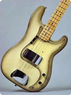 Fender / Precision Bass, P- Bass / 1978 / Antigua