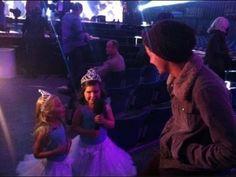 Sophia Grace & Rosie Meet One Direction On X Factor uk - YouTube