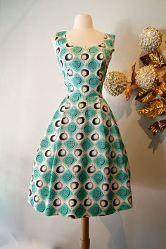 1950s Novelty Print Dress / Vintage 50s Apple by xtabayvintage, $198.00