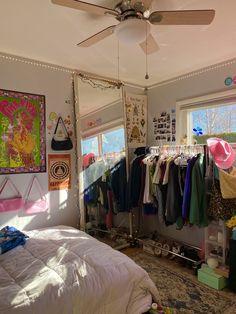 Indie Room Decor, Indie Bedroom, Cute Room Decor, Room Ideas Bedroom, Bedroom Decor, Bedroom Inspo, Cute Bedroom Ideas, Aesthetic Bedroom, Dream Rooms