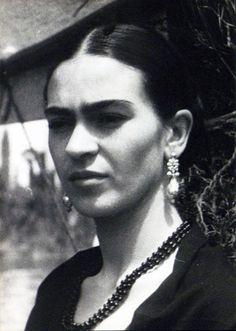 Que Bella. Frida Kahlo