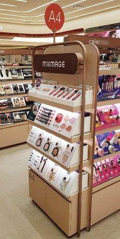 2번째 이미지 Cosmetic Display, Cosmetic Shop, Makeup Display, Pos Design, Display Design, Pos Display, Retail Fixtures, Store Fixtures, Jewelry Store Design