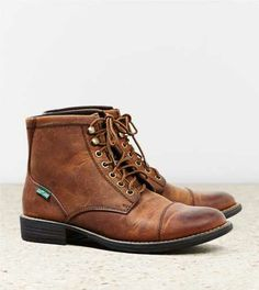 The Best Men's Shoes And Footwear : Eastland High Fidelity Cap Toe Boot -Read More – Sock Shoes, Men's Shoes, Shoe Boots, Gq Style, Eastland Boots, Best Shoes For Men, Mens Outfitters, Eagle Outfitters, Boots Online
