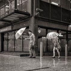 #rain @45 #degree .. #thisislondon #streetshot #streetphotography #streetphoto_bw #streetphotography_bw #rsa_bnw #blackandwhite #bnw_globe #bnw_igers #bnw #bnw_society #bnw_captures #bnw_life #photowall_bw #photooftheday #rainyday #London #travelphotography #travel #monochrome #mobilephotography #lgg4 #instago #timeoutlondon #londonlife #princely_shotz #princely_bw #instalike Mobile Photography, Street Photography, Travel Photography, London Life, London Travel, Rainy Days, Monochrome, Globe, Louvre
