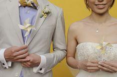 Intimate Yellow Malibu Wedding on http://ruffledblog.com