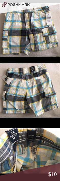 ☀️Baby Boy Shorts☀️ Brand New with tags. As always come from a pet free, smoke free home. 100% cotton. 2front pockets and two Velcro closed side pockets. GAP Bottoms Shorts