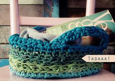 Crochet a basket from self made T-shirt yarn | DIY | www.ecolicious.me