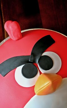 Angry bird cake, Painted By Cakes