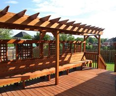 Deck with Built in Bench Seat | This YellaWood deck has a smart design with built-in bench seating ...
