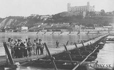 Loďkový most cez Dunaj  začiatok 20. storočia Bratislava, New York Skyline, Dolores Park, Europe, Travel, Times, Art, Pictures, Voyage