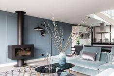 Zo kies en combineer je kleur Modern Interior, Interior Styling, Modern Decor, Home Living Room, Living Room Decor, Living Spaces, Style At Home, House Colors, Decoration