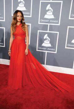 grammy awards 2013 best dressed (my pick) - Rihanna!