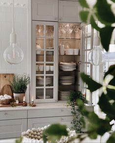 Rooms Home Decor, Home Decor Kitchen, Kitchen Design, Elegant Kitchens, Beautiful Kitchens, Cottage Kitchens, Home Kitchens, Camden House, Home And Deco