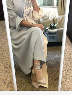 Shoes and lovely dress - Outfits for Work - Shoes and lovely dress - Hijab Evening Dress, Hijab Dress Party, Arab Fashion, Muslim Fashion, Hijab Mode Inspiration, Arabic Dress, Modele Hijab, Dress Outfits, Fashion Dresses