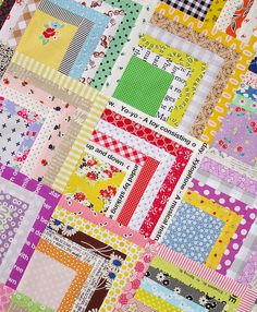 Scrappy Quarter Log Cabin Quilt + Tutorial | Red Pepper Quilts 2015
