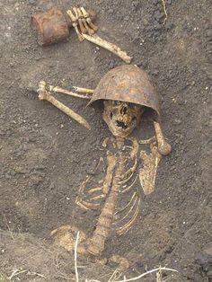 Soldado da Primeira Guerra Mundial atopado morto nas trincheiras.