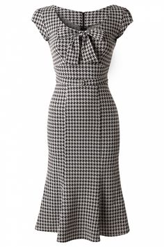 TopVintage Exclusive ~ 60s Grande Black White Houndstooth wiggle dress