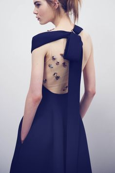 CR Fashion Book - BACKSTAGE AT DIOR HAUTE COUTURE