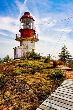 #Lighthouse - #Phare du Cap de la Tête au chien - Quebec, #Canada    http://dennisharper.lnf.com/