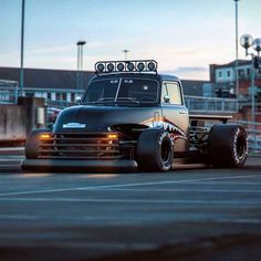 rat rod trucks and cars Hot Rod Trucks, Cool Trucks, Big Trucks, Pickup Trucks, Cool Cars, Small Trucks, Chevy Pickups, Custom Trucks, Custom Cars