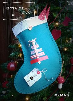 Bota de fieltro: una manualidad navideña fácil para hacer con niños y que sientan una navidad divertida y en familia ¿te animas?