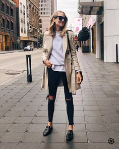 Winter Fashion Trends 2020 for Casual Outfits Mode Outfits, Casual Outfits, Fashion Outfits, Fashion Trends, Fashion Ideas, Sweater Outfits, Fall Work Outfits, Fashion Clothes, Fashion Vest