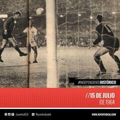 #IndependienteHistorico Semifinal de Copa de Campeones de América. #Independiente derrota a Santos por 3 a 2