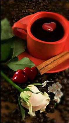 Coffee and flowers Coffee Heart, Coffee Love, Coffee Break, Coffee Shop, Coffee Cups, Mini Desserts, Bon Mardi, Good Morning Coffee, Breakfast Tea