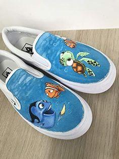 Finding Nemo Vans Custom Hand Painted Shoes Source by mypaintedshoes Shoes Disney Painted Shoes, Painted Canvas Shoes, Painted Vans, Custom Painted Shoes, Painted Sneakers, Disney Shoes, Hand Painted Shoes, Disney Vans, Black Vans Shoes
