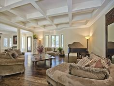 - sold - Floors and Ceilings - Living Room - Pine Ridge | Naples, Florida
