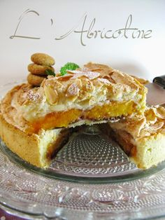 J'en reprendrai bien un bout...: L'Abricotine - tarte abricots, cassis, amande- Cheesecakes, French Toast, Breakfast, Food, Apricot Tart, Basket Of Fruit, Plated Desserts, Almond, Kitchens