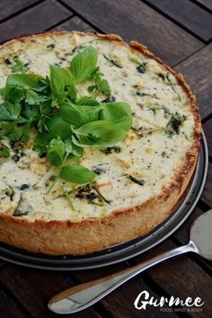 This Zucchini Spinach & Feta Cheese Pie is to die for! Cheese Pies, Good Food, Yummy Food, Salty Foods, Spinach And Feta, Food Design, I Foods, Food Inspiration, Food And Drink