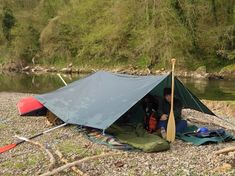 Simple but effective Tarp & Canoe Rig for a wild camp