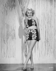 Share, rate and discuss pictures of Lilli Palmer's feet on wikiFeet - the most comprehensive celebrity feet database to ever have existed. Old Hollywood Glamour, Classic Hollywood, Lilli Palmer, Sunday Dress, Star Beauty, Lucky Ladies, Picture Tag, Bathing Beauties, Film Noir