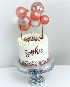 Balloons & Cake 🎂🎈 Let us know in the comment section below if you love this combo ♥️😍 Visit our link in bio for partyware and cake bake supply! DIY section coming soon Beautiful Birthday Cakes, Beautiful Cakes, Amazing Cakes, 19th Birthday Cakes, Birthday Cake Toppers, Bolo Tumblr, Balloon Cake, Birthday Cake Decorating, Drip Cakes