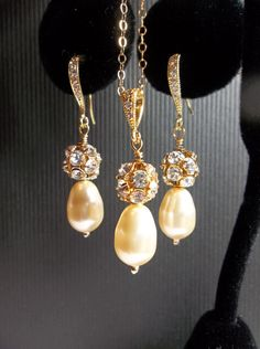 Pearl necklace and earring set  Bridal by QueenMeJewelryLLC, $62.99